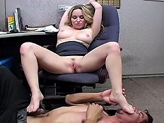 armpit feet